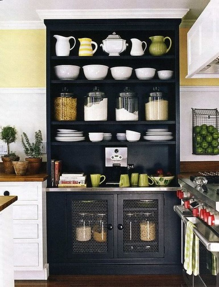 29 insanely clever kitchen ideas for Clever kitchen cabinet ideas